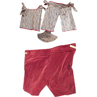 Cute Lot of Vintage Child's sun suit and Knickers