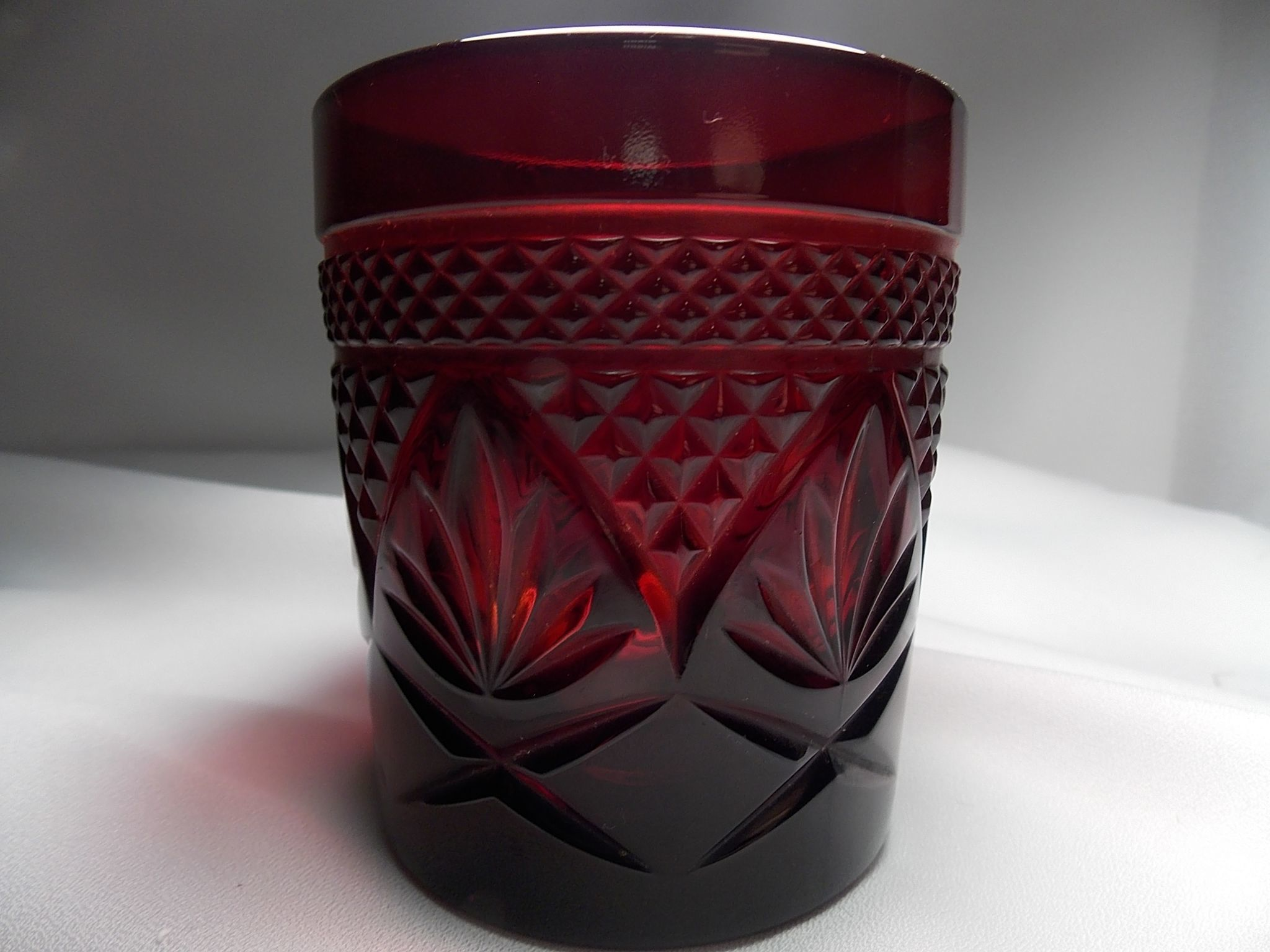 Vintage cristal d 39 arques durand ruby red old fashioned for Arc decoration arques