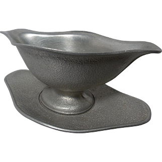 Vintage Guardian Service Durable Aluminum Ware Gravy Boat and Under Plate