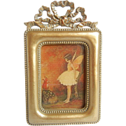 Charming Picture Frame with Bow on Top