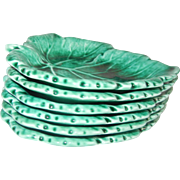 Gorgeous Emerald Green Wedgwood Etruria Set of Six Small Leaf Dishes