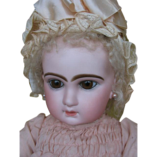Jumeau closed mouth no 12 27 inches or 68 cm original in the box.