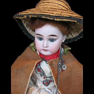 Armand Marseille 3200 shoulderblade doll 19 inches or 48 cm ,all original !