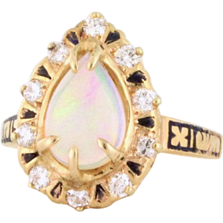 Black Crystal Opal Vintage Ring with Diamonds and Enamelling 14k gold. Circa 1940s - COLR10097 Black Crystal Opal Vintage Ring with Diamonds and Enamelling 14k gold. Circa 1940s - COLR10097 Black Crystal Opal Vintage Ring with Diamonds and Enamelling