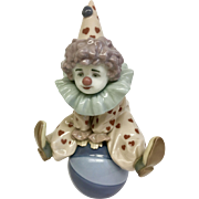 "Beautiful Lladró Handmade Porcelain ""Having a Ball"" (COLT10036)"