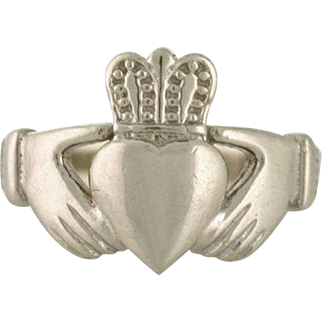 Claddagh Ring 14k white gold, love, loyalty, and friendship. Size 6.5