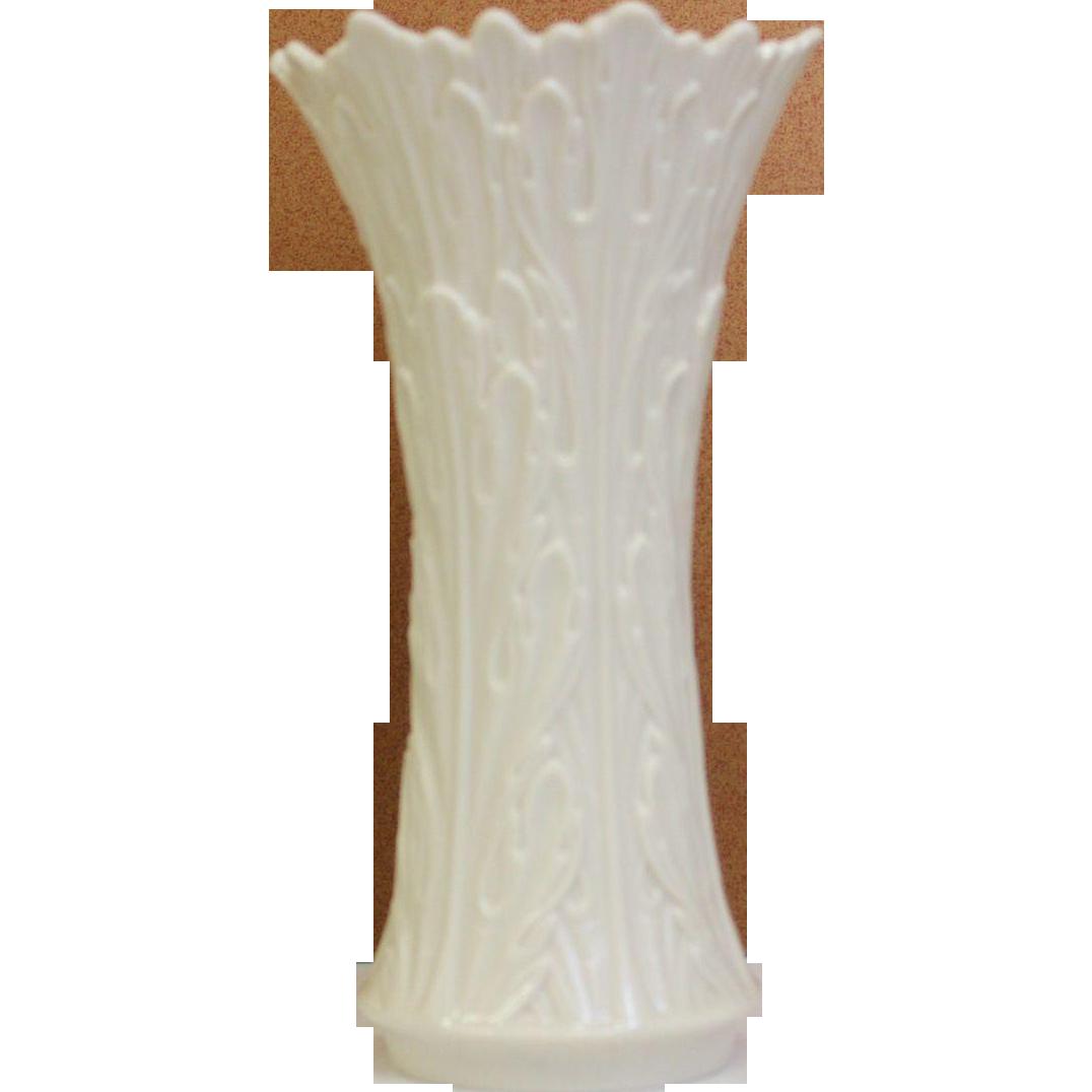 Vintage lenox porcelain vase retired woodland collection ivory 85 vintage lenox porcelain vase retired woodland collection ivory 85 tall floridaeventfo Image collections