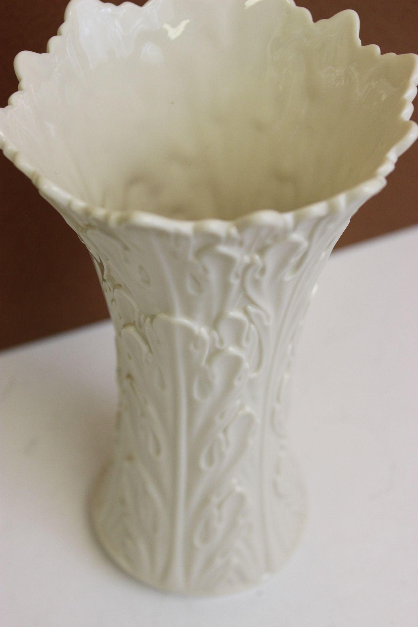 Vintage lenox porcelain vase retired woodland collection ivory 85 roll over large image to magnify click large image to zoom floridaeventfo Image collections