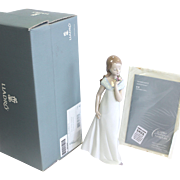 "A Special Occasion - Lladro porcelain figurine 2006 #8213 - 9"" tall - mint condition in orig box with papers"