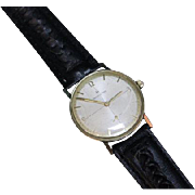 Hamilton 17 Jewels circa 1956 Arabic and Stick Dial. Working. *slightly dented back of case, cannot open