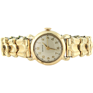 Benrus Ladies Watch, Nurse's Special with original scalloped band!