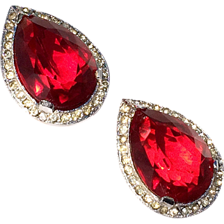 Vintage Large Bold Bright Red Glass And Rhinestone Pin Set