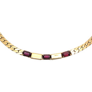 Vintage Gold Tone Flat Chain With Emerald Cut Burgundy Glass