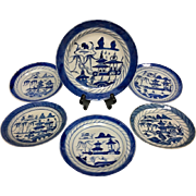 Absolutely Stunning Blue White Japanese / Chinese Asian Porcelain Plate Set Collection from the 1900s