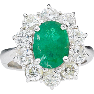 Stunning 1950s Retro Mid Century 4.50 cttw Emerald and H VS1 Diamond Cocktail Statement Ring