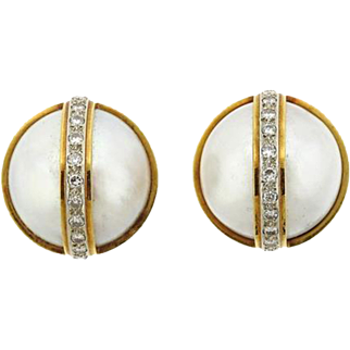 Gorgeous 1980s Vintage Estate Mabe Pearl 0.50 ctw Diamond and 18k Gold Pierced Earrings