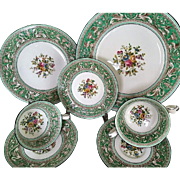 Wedgwood Florentine Set For 8 Totals 65 Pieces
