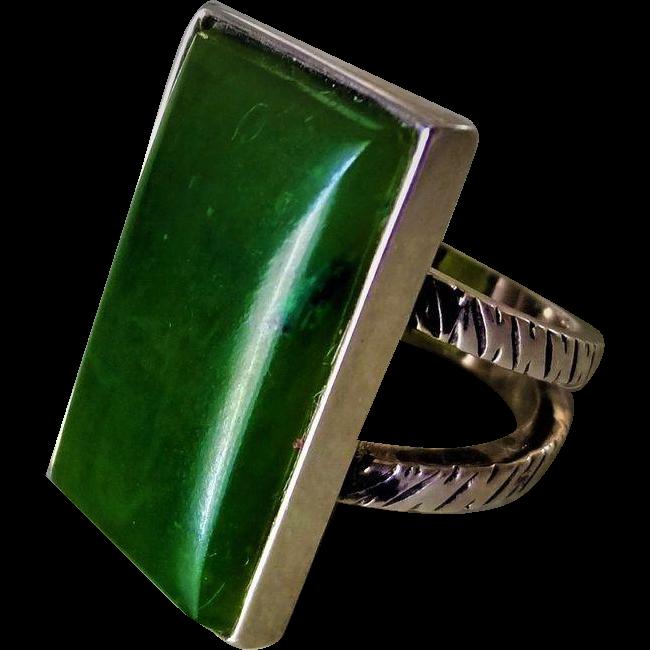 Dark Green Jade Sterling Silver Ladies Ring Size 6 : Fine
