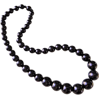 """Antique 1860's Victorian Graduating 3/4"""" Whitby Jet Beads Mourning Necklace"""