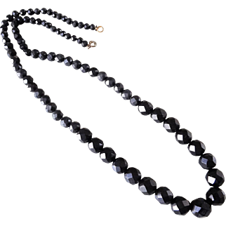 """Antique 1860's Victorian Whitby Jet Beads Mourning Necklace 24.5"""""""