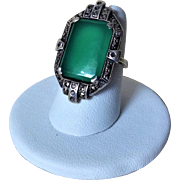 Vintage 1920's Art Deco Chrysoprase Marcasite 925 Sterling Silver Ring Size 6.25