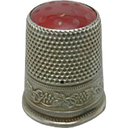 A Continental stone topped silver thimble c 1900