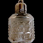 A miniature scent bottle / pendant. c 1820