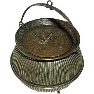 An Avery cauldron needle packet case. Sewing accessory.