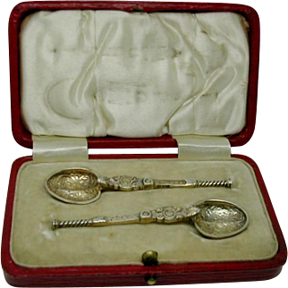 Miniature silver gilt anointing spoons. HM. Chester 1910
