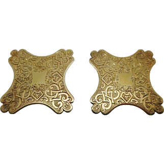 A pair of 1835 William IV silver gilt thread winders.