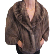 Luxurious light brown Mink cape made by Whitten Furs - Red Tag Sale Item