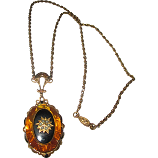 Fabulous Victorian in style faceted golden glass stone necklace