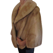 Luxurious mink/honey cape