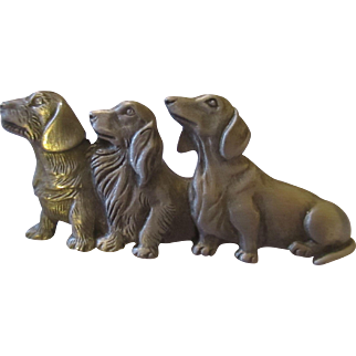 Cute 3 Hound dogs by J.J. pewter brooch