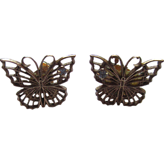 Filigree 14k yellow gold butterfly earring with diamonds.