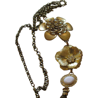 Extra long pendant floral/jeweled necklace
