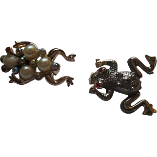 Two Whimsicle frog brooch's