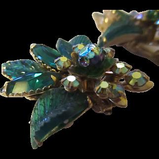 Vintage Judy Lee gorgeous green/iridesent clamp earrings