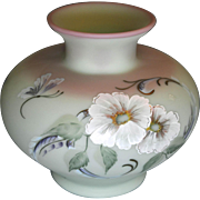 Fenton 7 inch Hibiscus Garden Connoissour 2006 Limited Edition 1950 pieces Lotus Mist Burmese Squat Vase L@@K BARGAIN