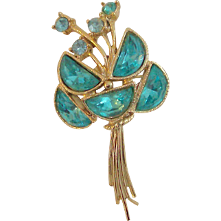 Unusual Floral Blue Rhinestone & Gold Tone Pin