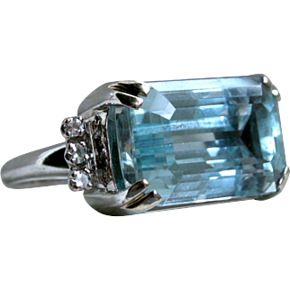 Vintage 14K White Gold Hugh Retro Aquamarine And Diamond Ring - 10.06cttw.