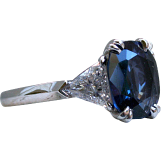 Classic Vintage Sapphire and Diamond Three Stone Ring in Platinum - 4.00ctw.