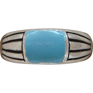 Sterling Silver Turquoise Colored Enamel Ladies Right Hand Ring Sensational Nice