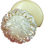 Mother of Pearl Shell Topped Sewing Reel Holder or Thread Spool, England c1840 (ref5)