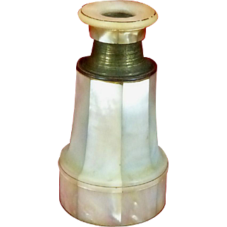 Mother Of Pearl Shell Monocular or Spy Glass France c1820