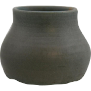"Hampshire 3"" x 4"" Cabinet Vase Dated July 26, 1906 Gray Glaze/Lavender Hue Mint"