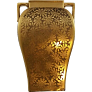 """Pickard China Etched 5.75"""" Cornered Vase in Arnica Daisy Pattern All Over Gold (AOG) c1919-1922 Mint"""
