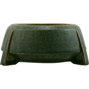 """Fulper 2.75"""" x 5.5"""" Arts & Crafts Footed/Buttressed Bowl 1909-1916 In Matte Green Glaze/Amber touches F43"""