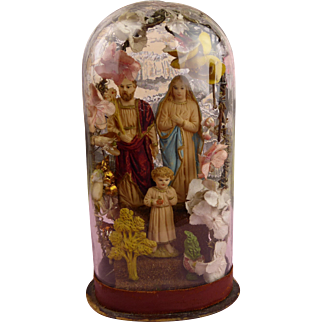 Beautiful rare 19th century original antique miniature French glass dome  with holy family