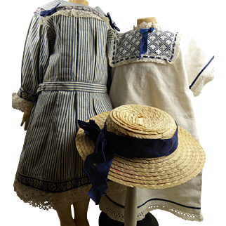 Original antique French ensemble :  a striped cotton pinafore dress, a linen chemise/underdress and a matching straw hat.